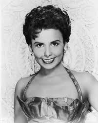 Leslie Uggams plays Lena Horne in Stormy Weather.