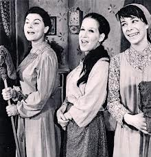 Bette Midler on Broadway in Fiddler