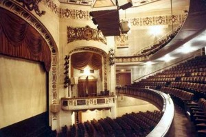 The Shubert Theatre opened in 1913 with British actor Johnston Forbes-Robertson's repertory company.