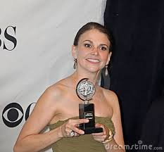Sutton Foster comes back to Broadway.