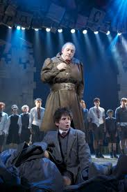 Matilda Broadway group sales: Student group discounts and comps.